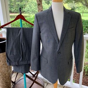 Brooks Brothers 346 Explorer Fitzgerald Fit Suit.